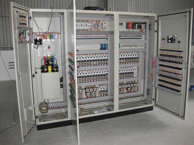 Những lưu ý khi thi công và sử dụng tủ điện điều khiển