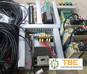 Cung cấp và lắp đặt tủ điện điều khiển máy cắt bao bì phân bón
